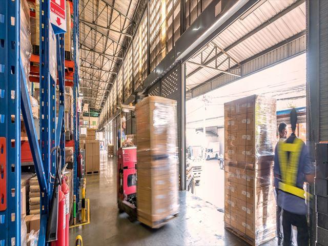 倉庫業法で定められている8つの倉庫とはなにか